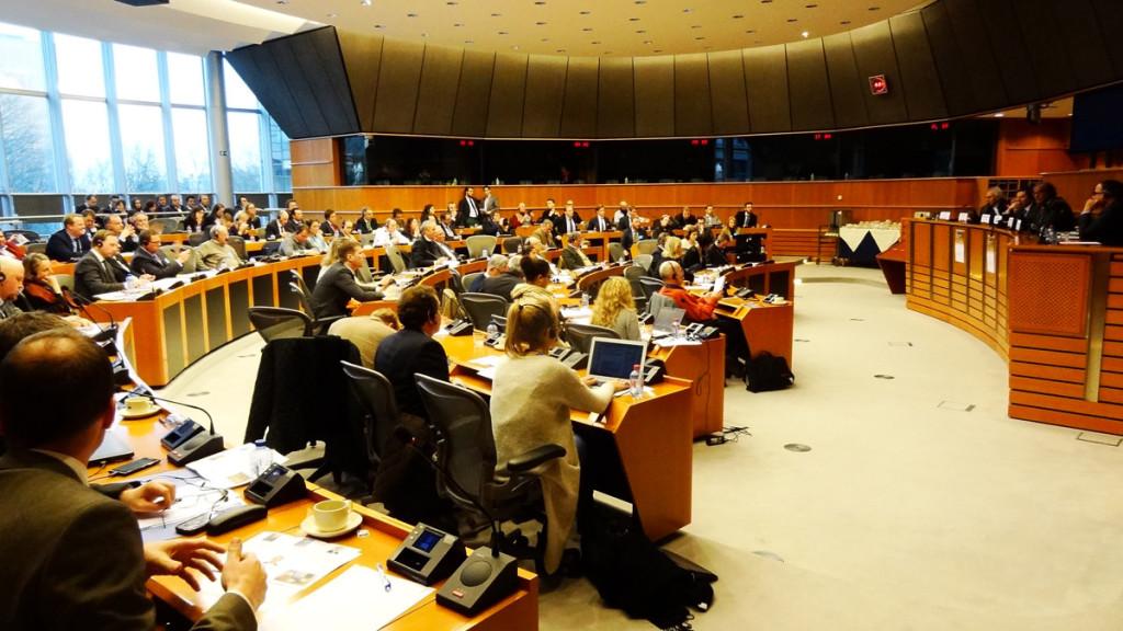 dsc28579-na-konferenci-v-europarlamentu-v-bruselu-se-sjelo-pres-100-odborniku
